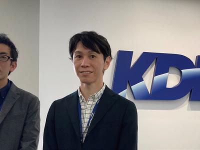 左からKDDI 経営戦略本部 地方創生推進部 マネージャー 小泉安史氏と同部 マネージャー 山田啓太氏